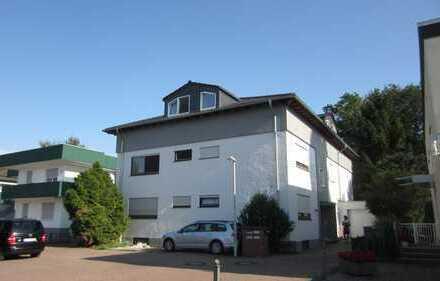 Im 4 Fam.HS schöne Dach-Loft Wohnung 2 ZKBBalkon, Mainz-Lerchenberg