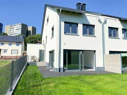 NEUBAU! Große Doppelhaushälfte in Eschborn! ++Provisionsfrei++