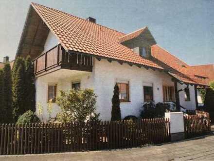 Helle 3-Zimmer-EG-Wohnung mit großem Garten und EBK in Neustadt an der Donau