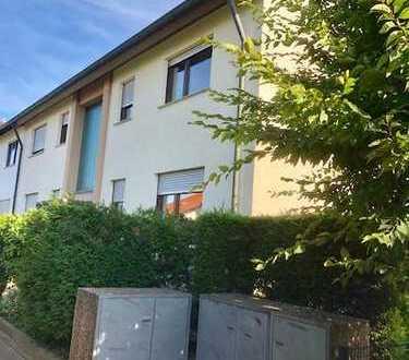 Neu renovierte 1 Zimmer-Wohnung zu vermieten