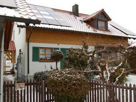 Freistehendes Wohnhaus in ebener Lage in Neustadt/Donau
