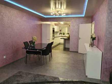 Exklusive, neuwertige 3-Zimmer-Wohnung mit Balkon und Einbauküche in Mannheim