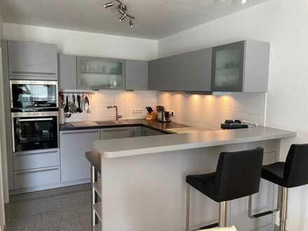 ***Stilvolle, neuwertige 4-Zimmer-Wohnung mit Balkon und EBK in Eggenstein-Leopoldshafen