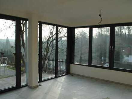 Erstbezug nach Grundsanierung mit Terasse: ruhige, attraktive 3-Zimmer-Wohnung in Bensheim-Schönberg