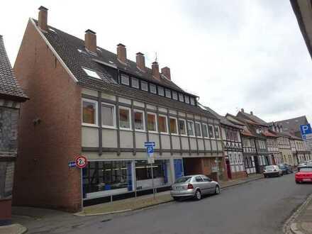 Einbeck // Ladenlokal - Halle in zentraler Lage zu vermieten.