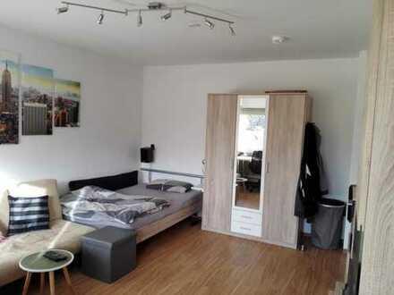 Schöne WG geeignete 2-Zimmer Wohnung