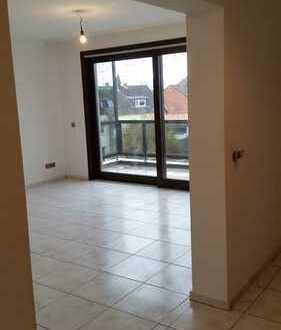 vollständig renovierte 3-Zimmer-Wohnung mit Balkon in Rondorf, Köln