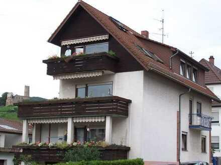 Befristet für 3 Jahre: Freundliche 4-Zimmer-Maisonette-Wohnung mit Balkon in Schriesheim