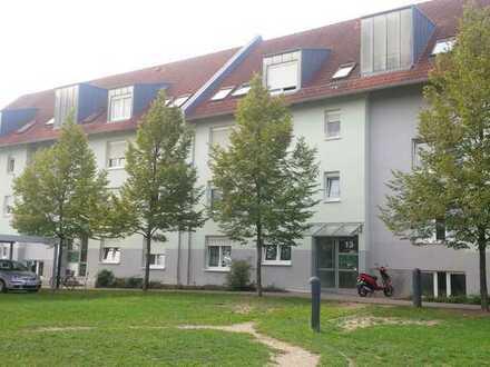 ***3-Zimmerwohnung mit Balkon in Mannheim-Neuhermsheim***