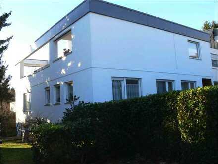 Bungalow als Doppelhaus im Bauhausstil für eine große Familie