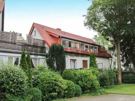 Attraktive Kapitalanlage: Top-gepflegte 3-Zi.-ETW mit Balkon und Dachterrasse nahe dem Kurpark