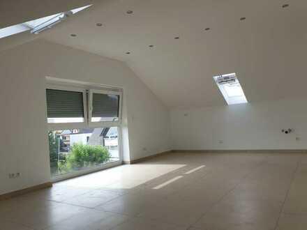 Schöne drei Zimmer Wohnung in Augsburg (Kreis), Königsbrunn