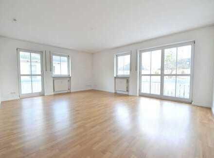 Exklusive gepflegte 3-Zi.-Wohnung mit EBK in Bogenhausen-Daglfing