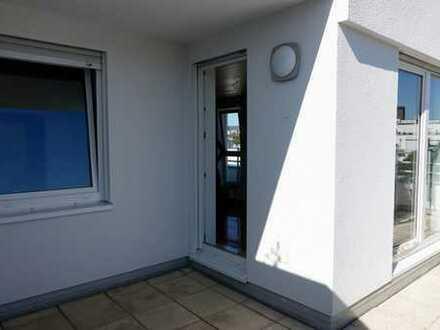 ***** Luxus-Penthouse in prima Lage nach Top-Sanierung mit neuer Einbauküche und Dach-Terrasse *****