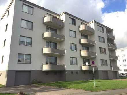 Moderne Wohnung mit großem Balkon!