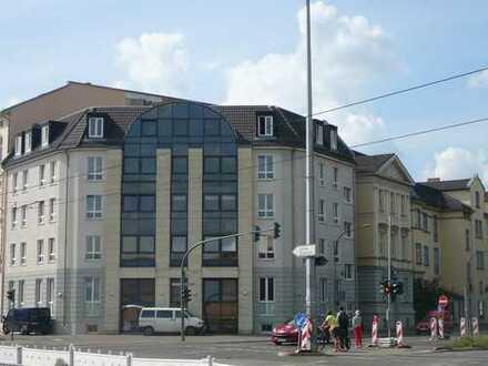 Helle Wohnung mit EBK in zentraler Lage
