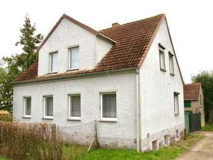 HORN IMMOBILIEN ++ Haus mit Einliegerwohnung und voll unterkellert