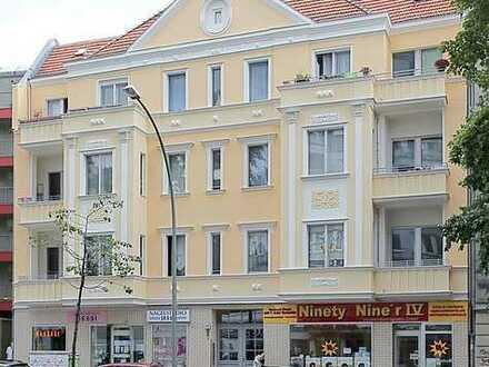 Schöne helle 2-Zimmerwohnung mit Balkon in einem gepflegten Haus. Anwort bitte nur per Mail!