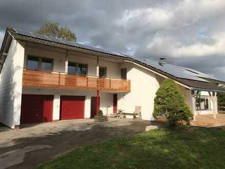 Schönes Haus mit acht Zimmern bei Obing, Kreis Traunstein