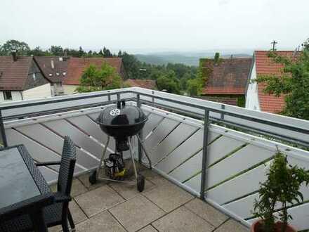 **Komplett renovierte DHH + ELW im Grünen mit Solaranlage**sucht nette Mieter