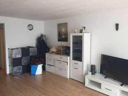 gemütliche 1-Zimmer Wohnung in gepflegtem MFH-Haus