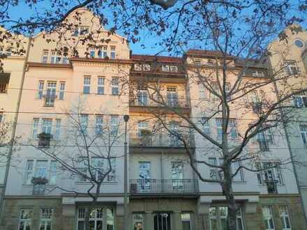 exkl. 4Zimmer DGwohnung mit Parkett,gr.Balkon,Lift,2 Bäder in hw.san. Jugendstilhaus Zentrum Nord