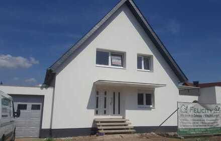 Alpen Zentrum - Einfamilienhaus - große Garage - tolle Lage - saniert