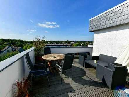 Provisionsfreie 3,5-Zimmer-Penthouse-Wohnung mit Dachterrasse und Einbauküche in Rösrath-Forsbach