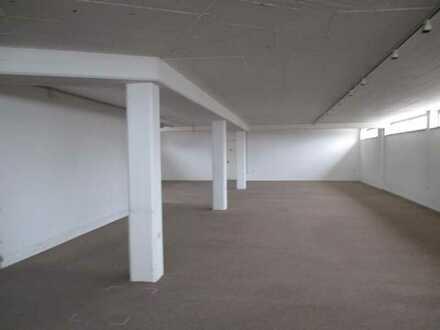 *** Lagerflächen ca. 380 m² in Dachau *** im Alleinauftrag ***