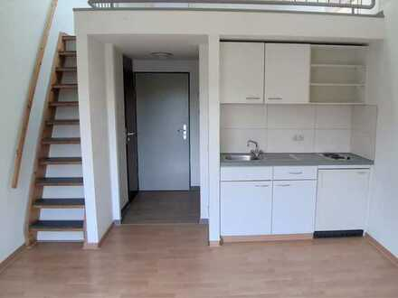 Erstbezug nach Sanierung: helle 2-Zimmer-Maisonette-Wohnung mit EBK, Diele, Bad in Bonn