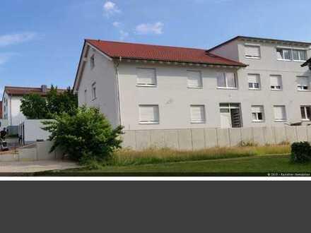ERSTBEZUG! Tolle 4 ZKB Erdgeschosswohnung mit Terrasse ab sofort zu vermieten!