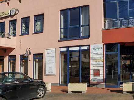 LADENLOKAL IM FELKE-CENTER ZUR MIETE, geeignet als Verkaufs- oder Bürofläche