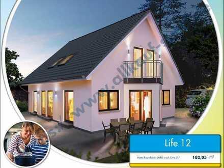 """Traumhaus für die """"größere Familie"""" inkl. Bauplatz, u. Garage"""