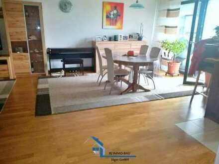 NEUBAUTRAUM - 3,5-Zimmer Wohnung mit 2 Balkonen in KA-Südstadt