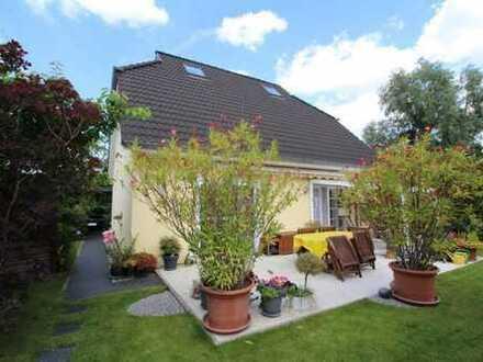 STAHNSDORF: Einfamilienhaus - 350m² Garten, 5 Zi., 2 Bäder, 155 m² Wohnfläche - SOFORT zu VERKAUFEN