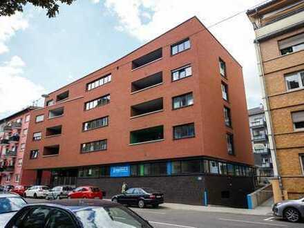 Vollmöbliertes WG-Zimmer im Studentenwohnheim in der Holzgartenstraße 31, Pforzheim