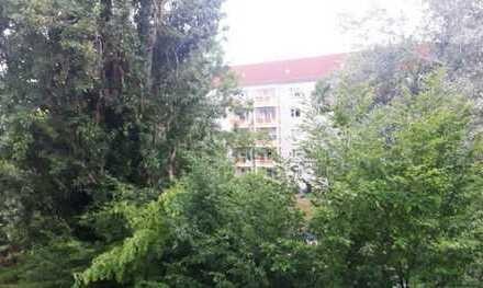 Top Anlageobjekt in Dresden - Striesen! 3,5 RWE mit Balkon, vermietet!