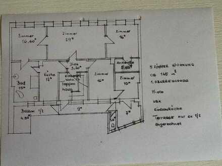 Sanierte Wohnung mit fünf Zimmern sowie Balkon und EBK in Neustadt an der Weinstraße
