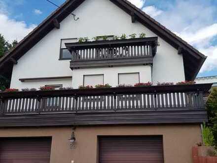 Exklusive 3-Raum-Eigentumswohnung mit riesiger Terrasse in einem Ortsteil von Waldenburg