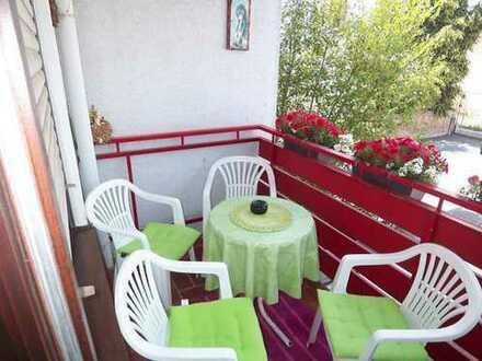 Noch 5 Wohnungen 55-100 qm zu erwerben, Zentral gelegen, mit Balkon