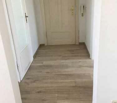 Schöne, neu renovierte zwei Zimmer Wohnung in Leipzig, Engelsdorf