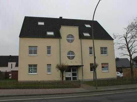 Attraktive 3 ZKB-Maisonettewohnung mit Balkon in der Hauenhorster Straße