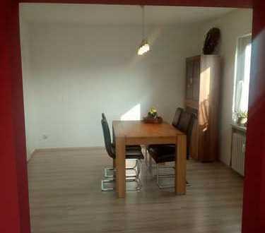 Modernisierte 3,5-Zimmer-Wohnung mit Balkon und EBK in Hünfeld / Mackenzell