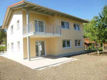 ERSTBEZUG - ruhige 3-Zimmer EG-Wohnung mit Gartennutzung in Tutzing OT Kampberg