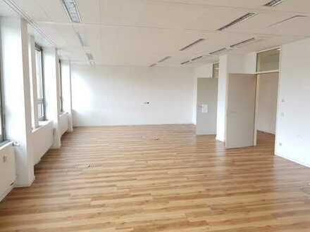 TOP-Büroflächen in zentraler Lage (PROVISIONSFREI)