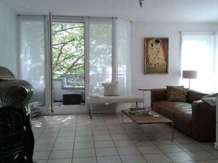 Moderne, lichtdurchflutete 4,5-Zimmer-Maisonette-Wohnung in 2-Familienhaus zum 01.12.2019