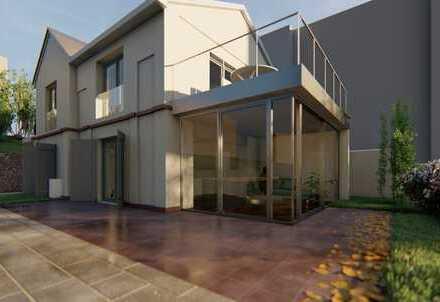 Citylage: Kleines historisches Haus auf parkähnlichem Grundstück
