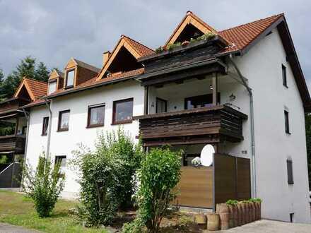 Gepflegte 4-ZKB-Wohnung mit Garage in guter Wohnlage