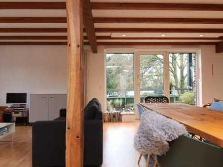 Charmante und helle Maisonette-Wohnung mit Balkon!