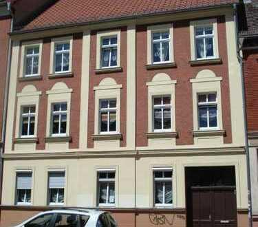 Bild_Zentrumsnahe, helle 2-Zi. Wohnung, mit separatem 3. beheizbarem Zimmer